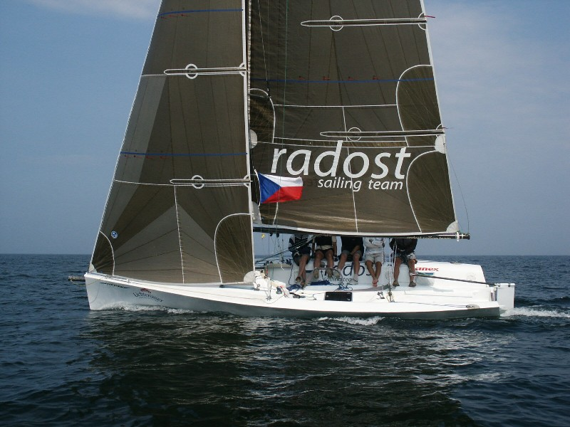 desc: Ivo sailing on his carbon T830